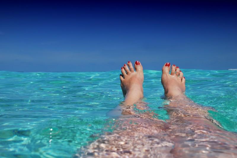 Selvsikker på stranden
